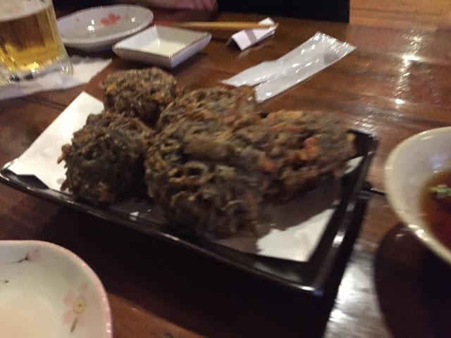 もずくの天ぷら(石垣島の結風ゆいかじ)