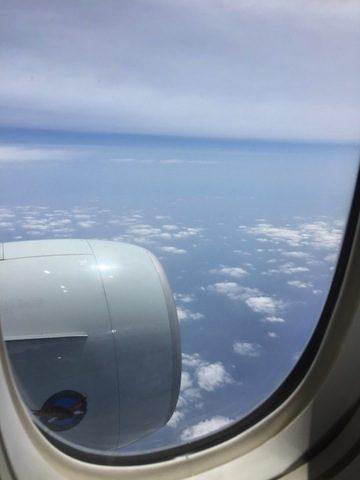 石垣島飛行機の中