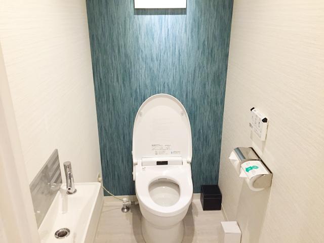 ホテル・ユニバーサルポートのトイレ写真
